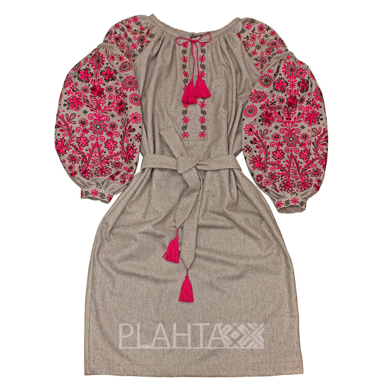Вовняна сукня-вишиванка